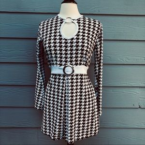 Black and White Houndstooth 60s Costume Dress